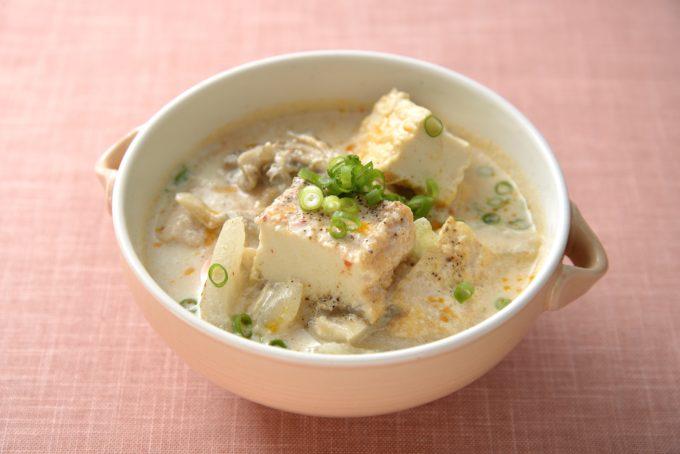 絹厚揚げの豆乳スープ さとの雪食品株式会社